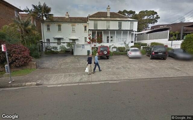 parking on Cowles Rd in Mosman