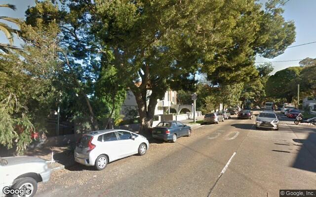 parking on Bellevue Road in Bellevue Hill