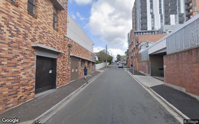 AFFORDABLE UNDERCOVER WEEKDAY PARKING - PRIME WEST END LOCATION, BORDERING SOUTH BRISBANE