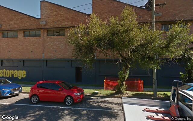 parking on Burdett St in Albion QLD 4010
