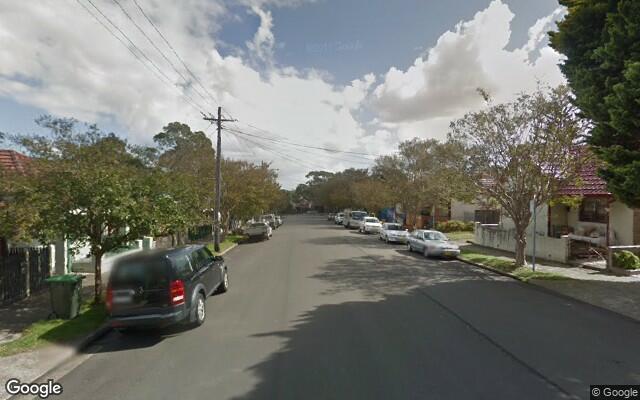 parking on Carlisle Street in Leichhardt Nueva Gales del Sur