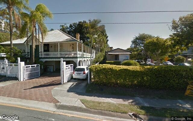 parking on Clarence Rd in Indooroopilly QLD 4068