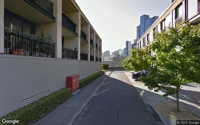 parking on Cliveden Close in Melbourne