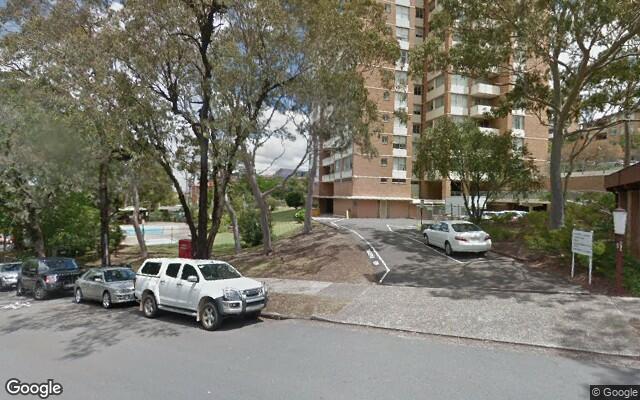 parking on Crows Nest Rd in Waverton NSW 2060