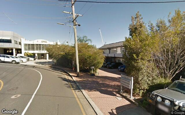 parking on Douglas Street in Milton QLD