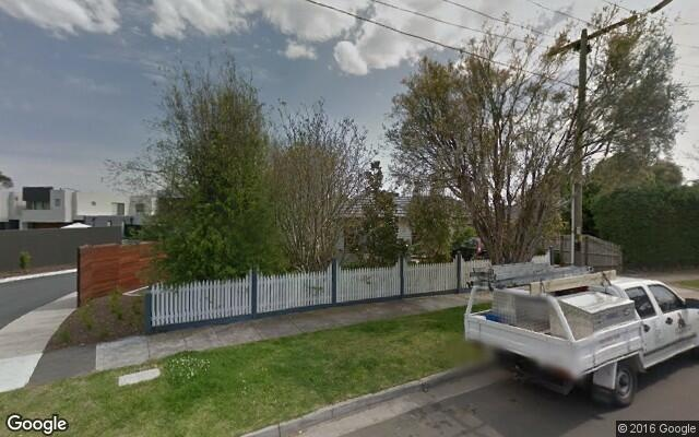 parking on Dromana Avenue in Bentleigh East
