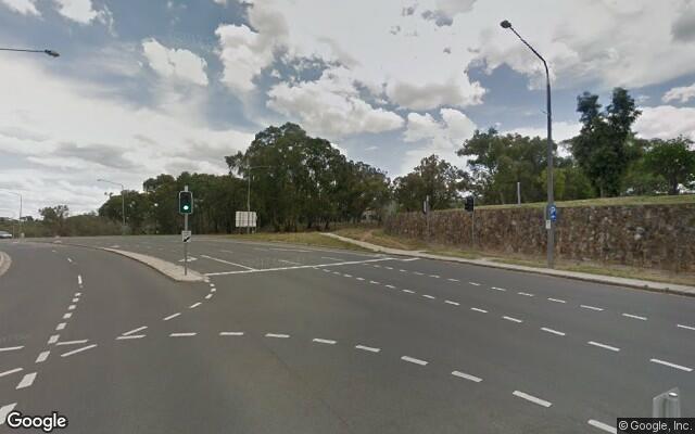 Parking Photo: Edinburgh Avenue  Canberra  Australian Capital Territory  Australia, 7745, 69478