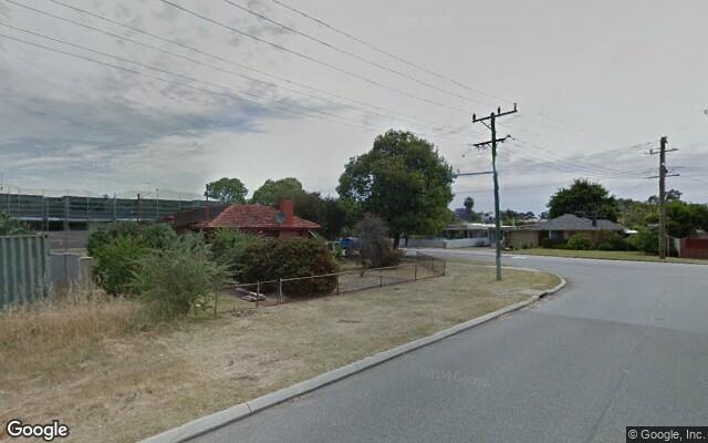 Parking Photo: Gabriel St  Cloverdale WA 6105  Australia, 29889, 101682