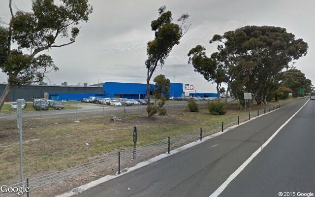 Parking Photo: Garden Drive  Tullamarine  Victoria  Australia, 4572, 10326