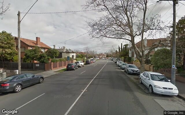 parking on Glen Eira Road in Ripponlea VIC