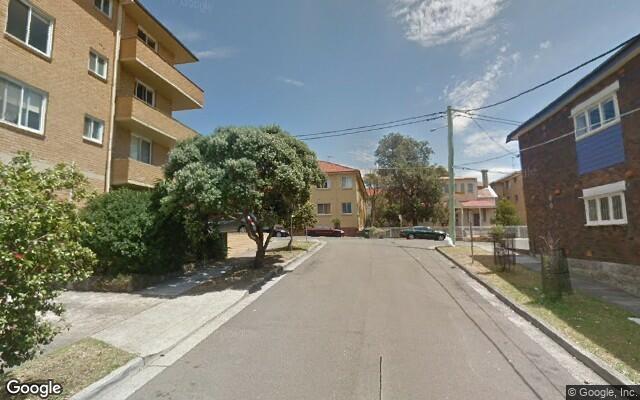 parking on Glen St in Bondi NSW 2026