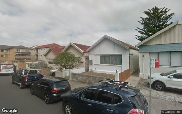 parking on Gould St in Bondi Beach NSW 2026