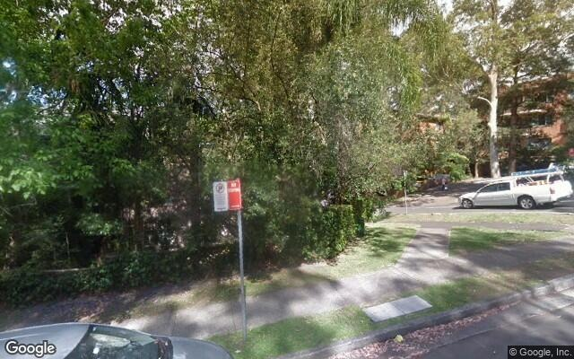 parking on Helen St in Lane Cove North NSW 2066