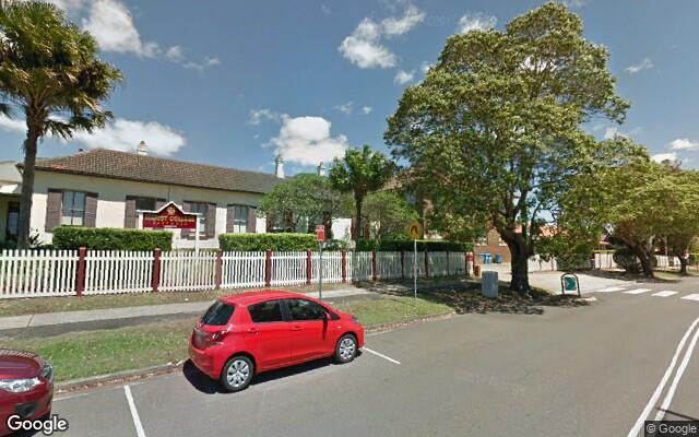parking on Hillview Rd in Eastwood NSW 2122