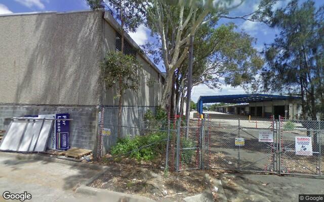 parking on John St in Mascot NSW 2020