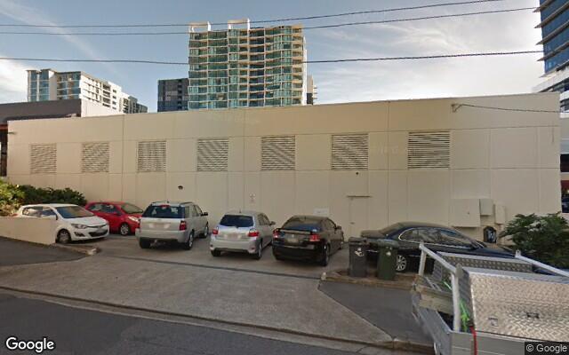 parking on Kyabra Street in Newstead
