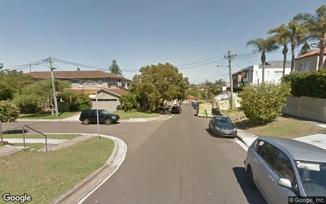 parking on Lancaster Road in Dover Heights NSW