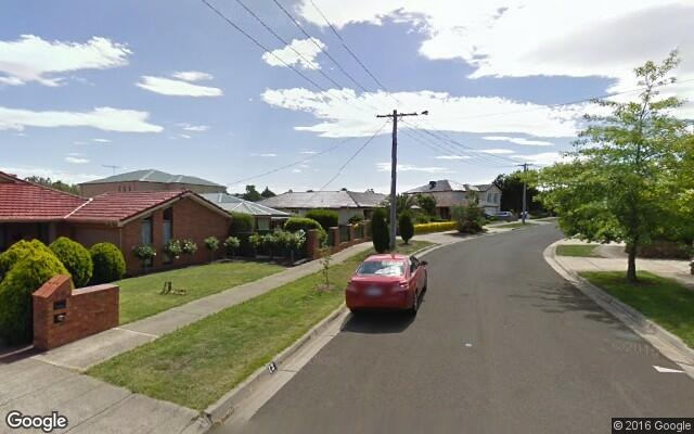 parking on Largs Ct in Greenvale
