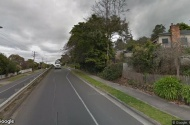 parking on Loughnan Rd in Ringwood North VIC 3134