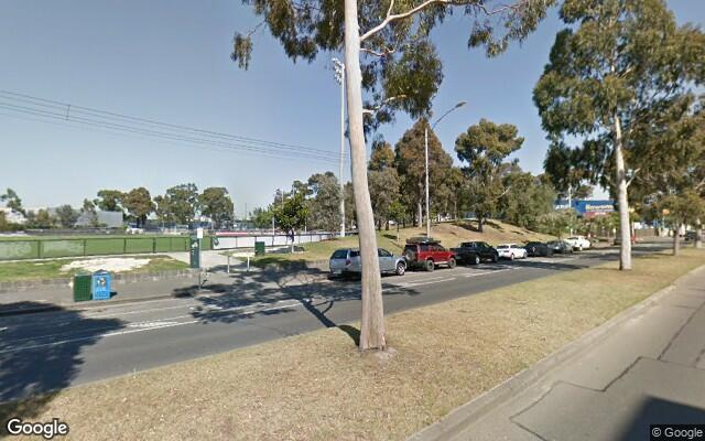 parking on Macaulay Rd in North Melbourne VIC 3051