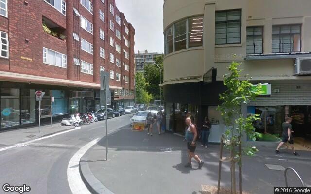 parking on Macleay Street in Elizabeth Bay