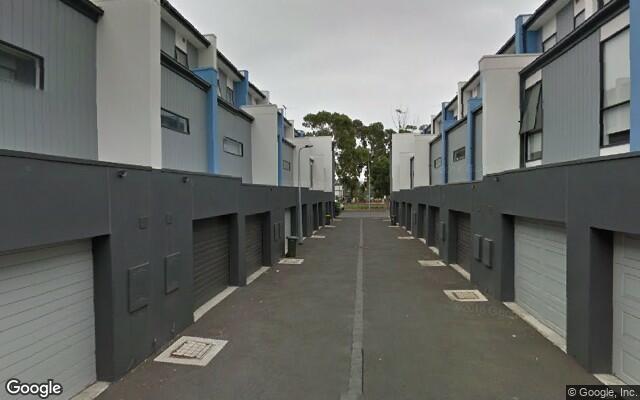 Parking Photo: Mark St  North Melbourne VIC 3051  Australia, 32684, 113149