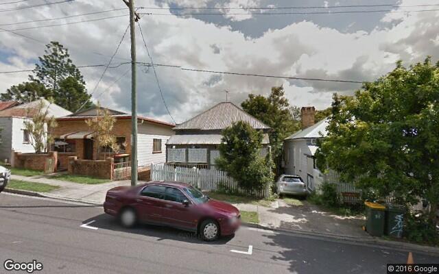 parking on Merton Road in Woolloongabba