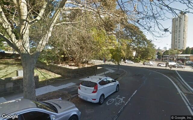 parking on New South Head Road in Edgecliff NSW