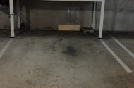 parking on Oxley Street in Saint Leonards