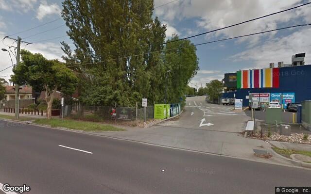 Parking Photo: Pascoe Vale Rd  Essendon VIC 3040  Australia, 30663, 99120