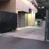 Renting a garage for storage or car parking!!.jpg