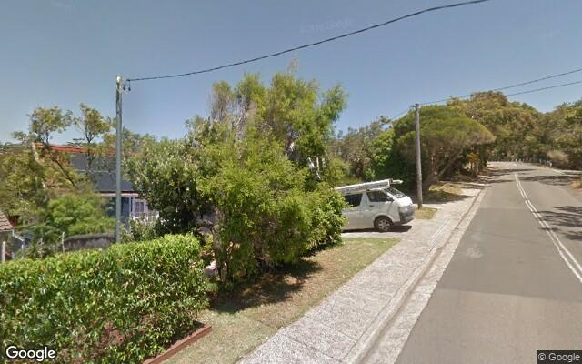 parking on Plateau Road in Avalon Beach