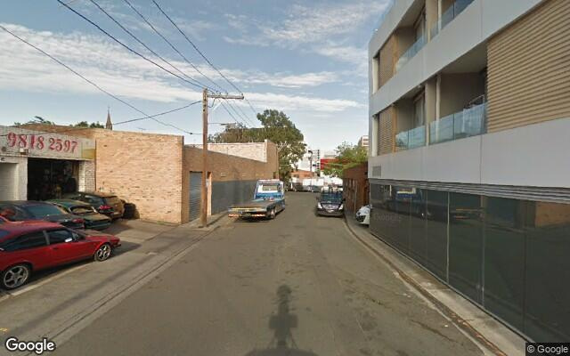 parking on Queens Avenue in Hawthorn VIC
