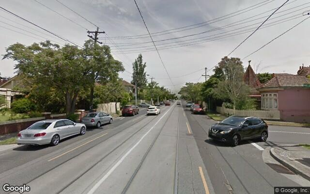 parking on Riversdale Road in Hawthorn VIC
