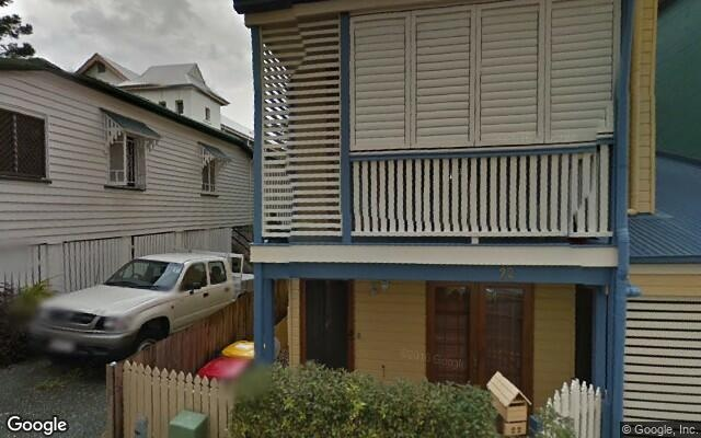 Parking Photo: Robert St  Spring Hill QLD  Australia, 31705, 102246