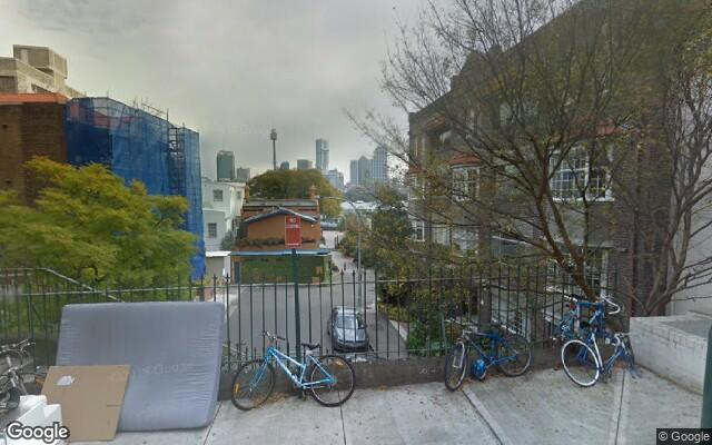 parking on St Neot Ave in Potts Point NSW