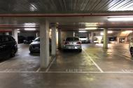 parking on Swanston Street in Carlton VIC