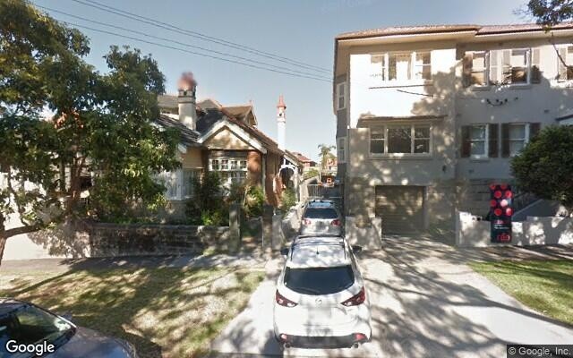 Parking Photo: The Crescent  Fairlight NSW 2094  Australia, 32834, 112121