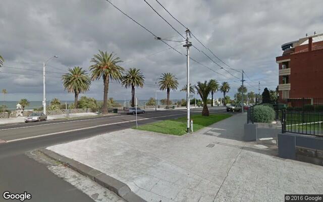 parking on The Esplanade in Saint Kilda