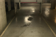 Parking Photo: Toorak Road  South Yarra VIC  Australia, 35290, 122559