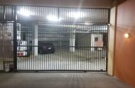Parking Photo: Upper Edward Street  Spring Hill QLD  Australia, 31963, 105341