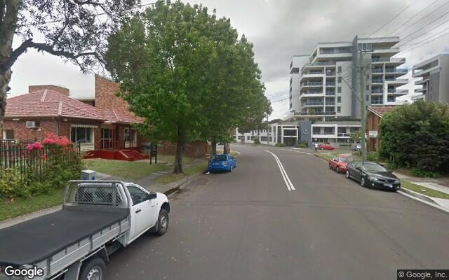 parking on Victoria St in Wollongong