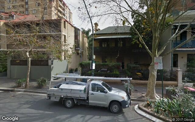 parking on Victoria Street in Potts Point