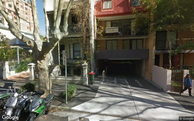 parking on Victoria Street in Potts Point NSW