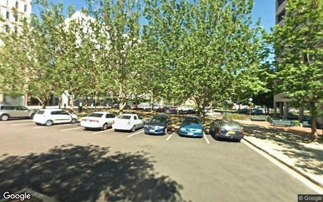 parking on W Row in Canberra ACT 2601