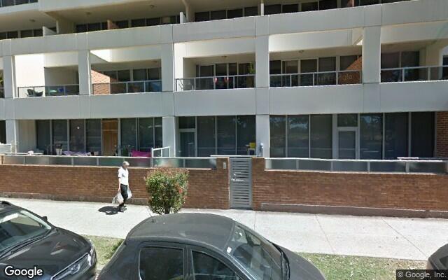 parking on Walker St in Rhodes NSW 2138