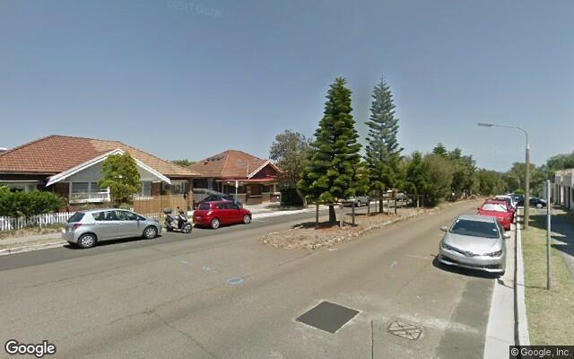 parking on Warners Avenue in Bondi Beach