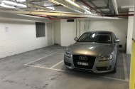 parking on William Street in Melbourne VIC