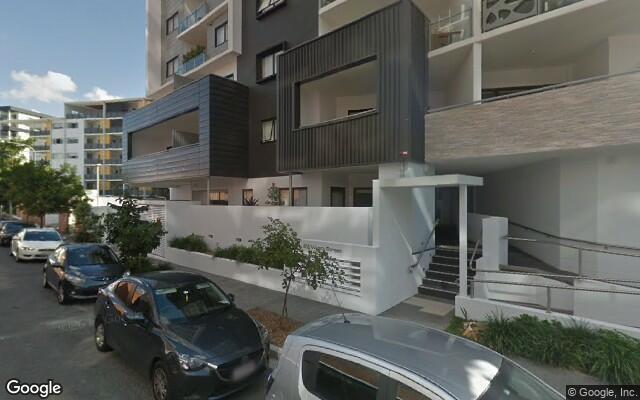 Parking Photo: Wyandra Street  Newstead QLD  Australia, 34662, 119314