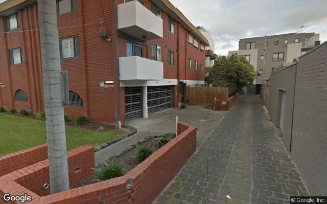 parking on Lyndhurst Street in Richmond